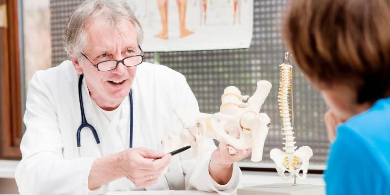 Heupprothese - MedicoHelp - zorg in het buitenland Spanje en Duitsland